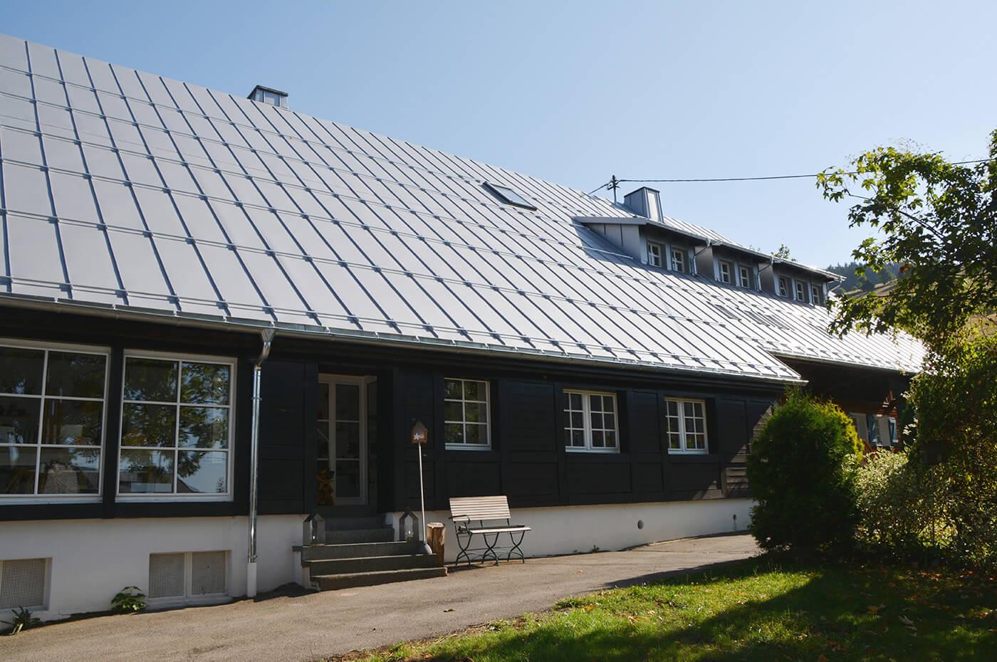 Design-im-Dorf-Zumkeller-Holz-Todtmoos-1