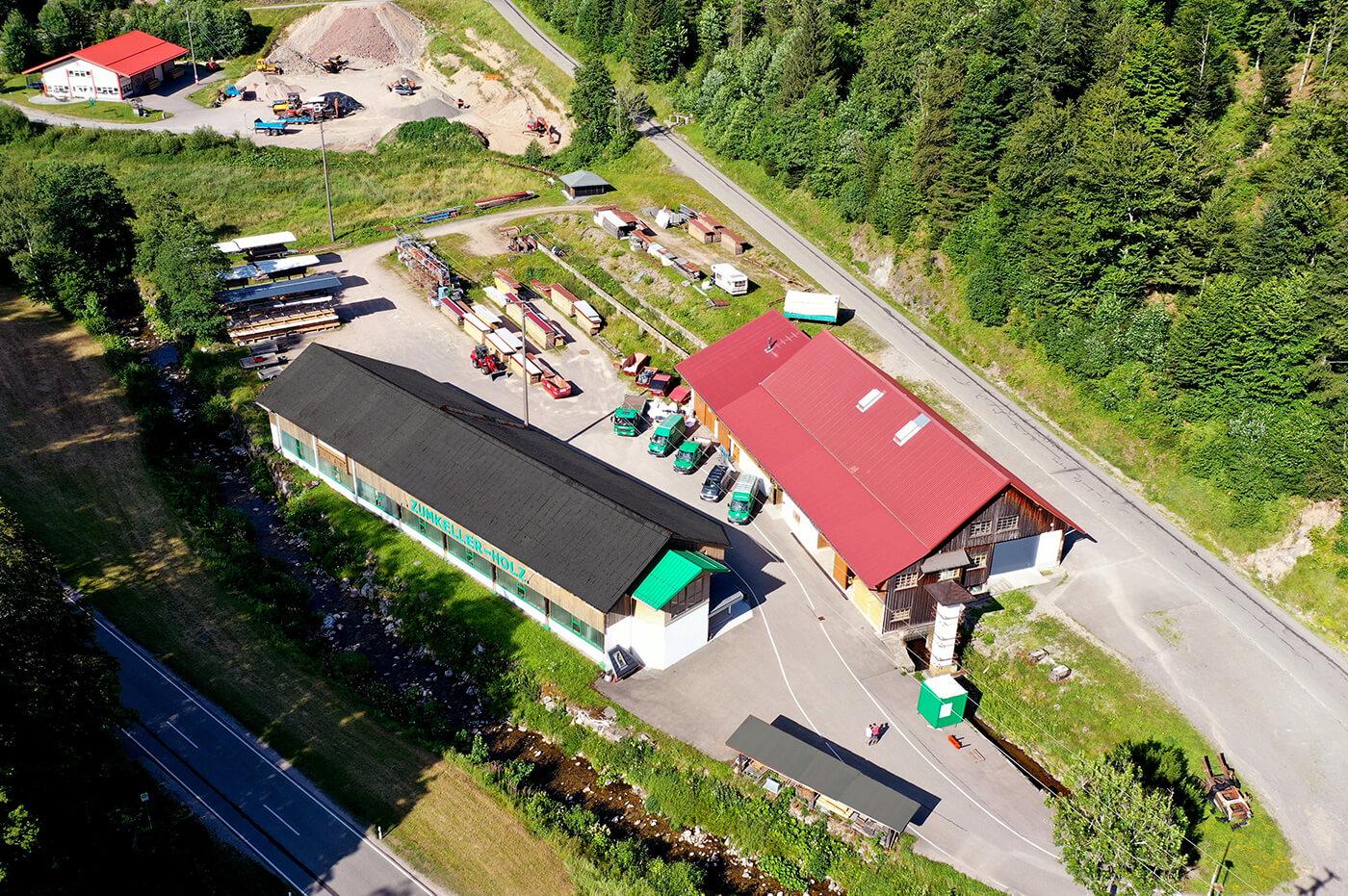 Holzbaubetrieb Zumkeller nachhaltig Firmengebaude Luftaufnahme Todtmoos